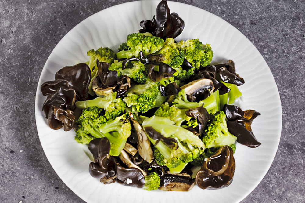Broccoli with mushrooms Moore G6