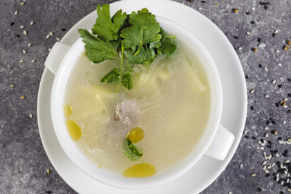 Delicate soup with duck B11
